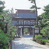 瑞河寺廟的山門